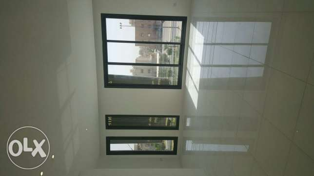 Luxurious flat for rent at salam 3master rooms 5 toilets maid room Ame سلوى -  6