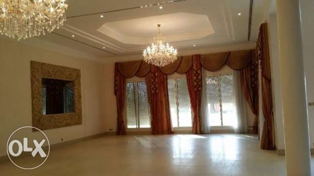 Royal and Spacious 5 Master Bedroom Villa for rent in Salaam area
