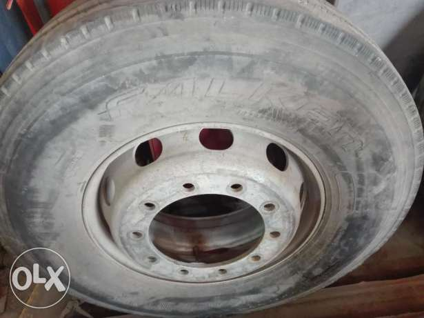 Tyre for flat bed trailer for sale