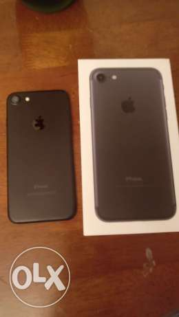 iPhone 7 Black 128GB like new for sale
