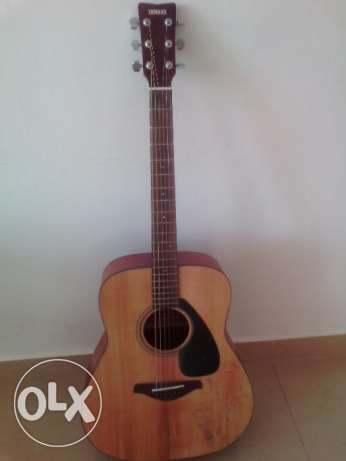 acoustical guitar Yamaha