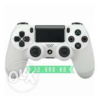 Playstation 4 DualShock White - New in the Box
