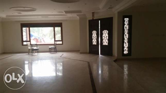 Salam, main road villa 12 bedrooms with garden