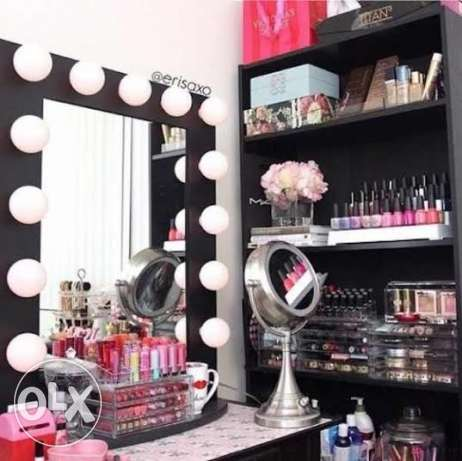 makeup Room for rent