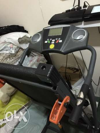 Used Treadmill for sale stops every 5 minutes