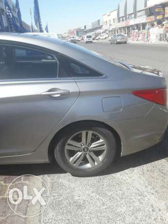 Hyundai sonata 2013 for sale engine gear chassis are good condition