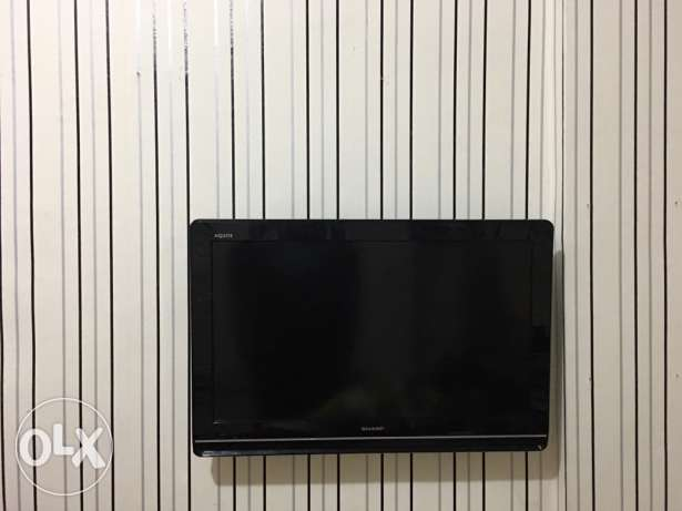 Sharp TV 32""