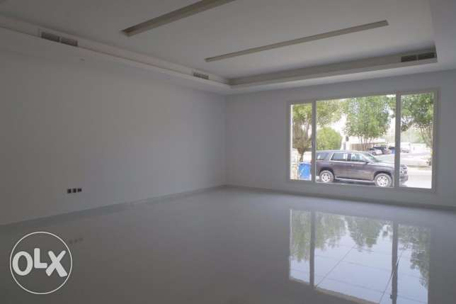 Brand new,big 4 Bdr ground floor in Shaab