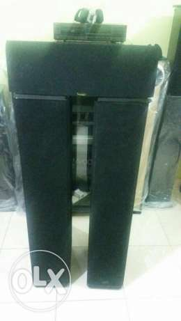 Paradigm bi polar2 tower speaker and center speaker