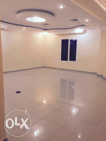 Spacious 4 Bdr villa floor in Mangaf for rent