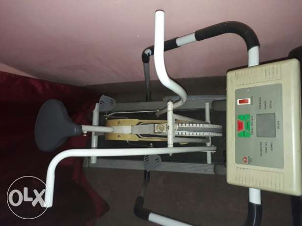 Selling exercise cycle and treadmill