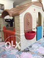 Kids house excellent condition