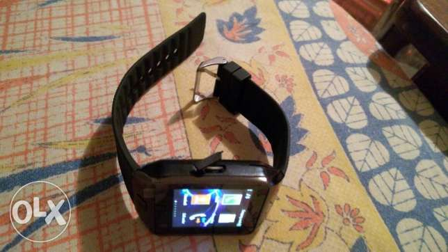 Smart watch SIM. Memory card support . Camera.bluthooth. Facebook