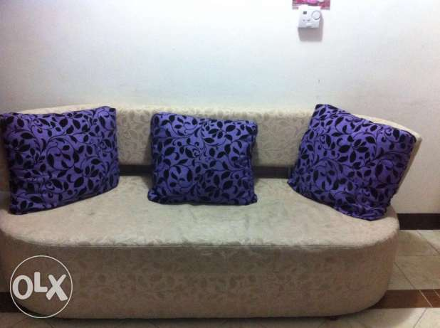 household items for sale including furniture السالمية -  4