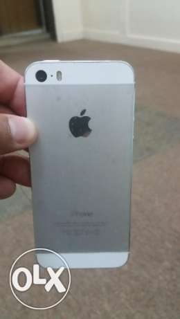Iphone 5s 16 gb silver color for sale. الفحيحيل -  1