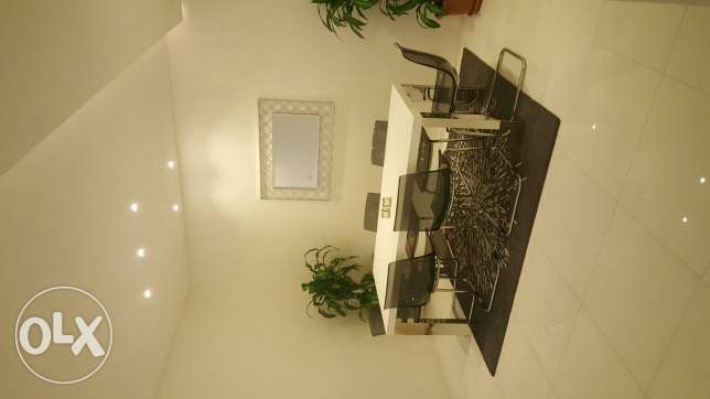 Luxurious flat for rent at salam 3master rooms 5 toilets maid room Ame سلوى -  1