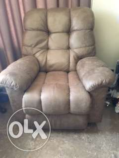 Moving - Recliners for Sale الفنطاس -  3
