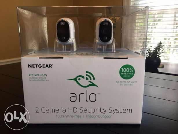 NETGEAR Arlo Home Security System 2 Wireless HD Camera Indoor Outdoor