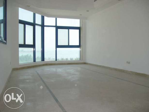 Huge sea view three bedroom flat in a well maintained building KD 85