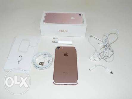 Iphone 7 rose gold 32 used 3 day only like new 100%