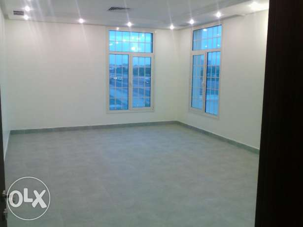 Wonderful 3 bedroom apartment with big balcony for rent in south surra