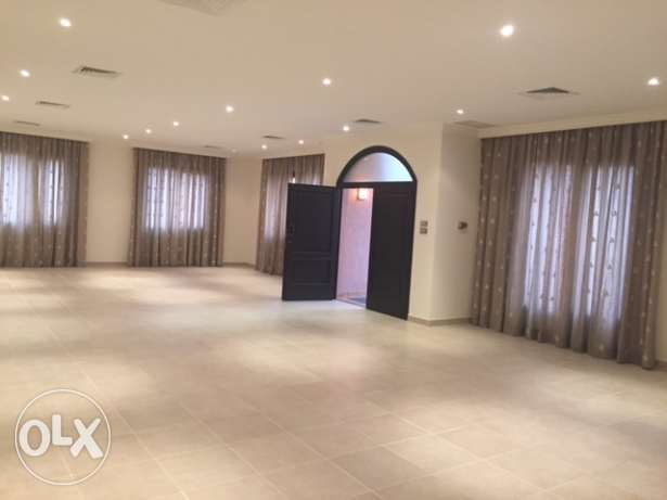 Ground floor 4 beds floor in Jabriya