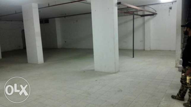 big store room for rent in mangaf