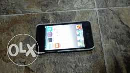 IPod 4 16gb,back side scratches,LCD replaced works good include chargr
