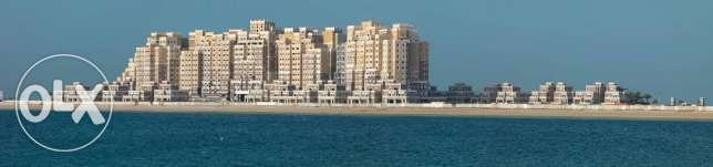 Luxurious villa in palm jumeira dubai 4bedroom +maidroom/driver