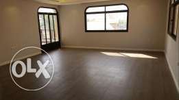 Salwa, fantastic renovated floor 3 bedrooms 2 living rooms