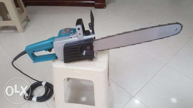 Makita 1300 Watt 16 Inch Electric Chain Saw 5016B