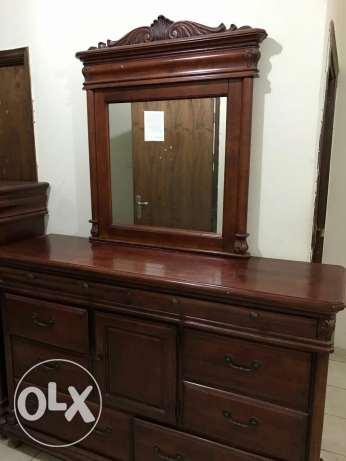 Dressing table wardrobe