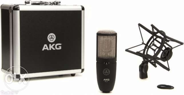 AKG perception 420 NEW !