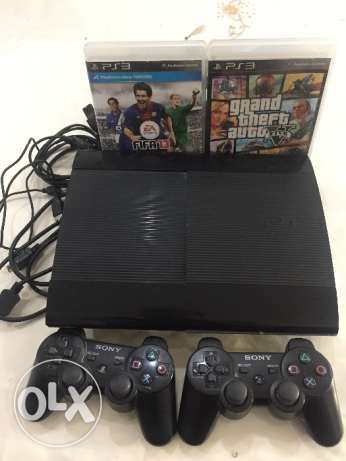 PS3, 2 controllers, GTA5, FIFA13, HDMI