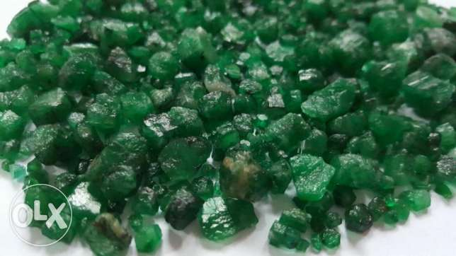 Emerald from swat available in rough from 1 cts to 4.7 cts in weight