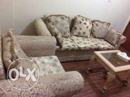Sofa set to sell