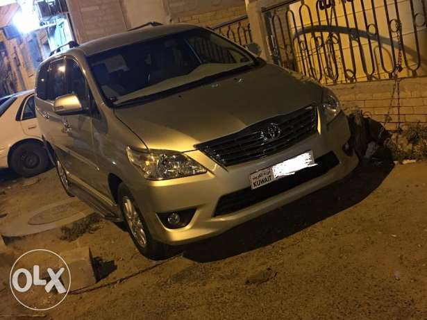 Toyota Innova-2013-Golden-60000km-Showroom condition