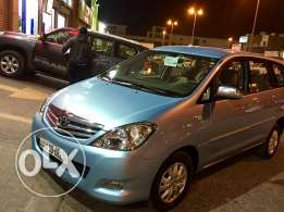 Toyota Innova 2011 model Family used full option for sale