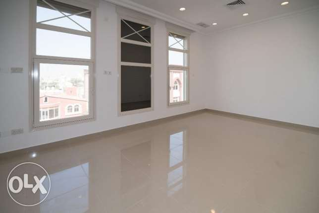 Brand new 4 bdr floor in Mishref