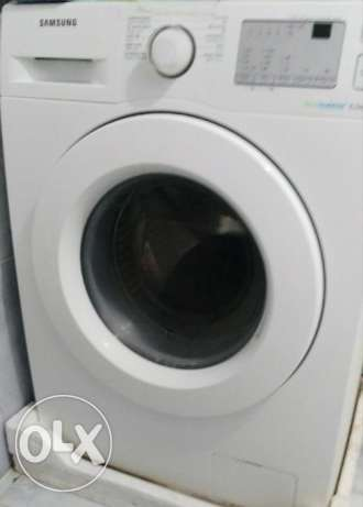 9 month old samsung washing machine 6 kg for sale