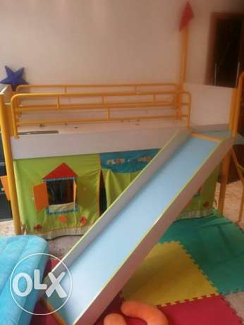 Bed with Secret room and Slide
