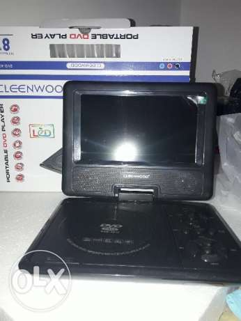 Two week old.. No use 8Inch portable led tv with dvd player with remot