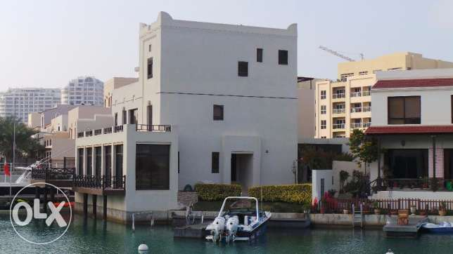 Villa for Sale (Amwaj, Bahrain)