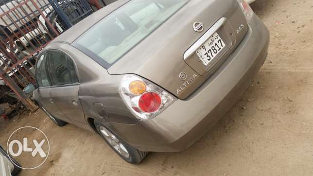 Nissan Altima 2005 engine gear and Ac very good