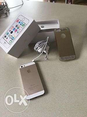 Selling my Apple iPhone 5s - 16GB - Gold ابرق خيطان -  2