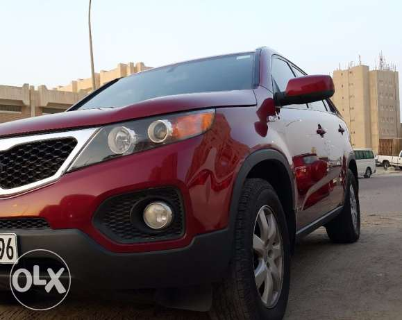 KIA-Sorento V6 2012 (6 Cylinder) For Sale-Excellent Condition