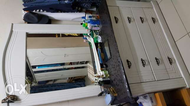Dressing table with mirror(white)