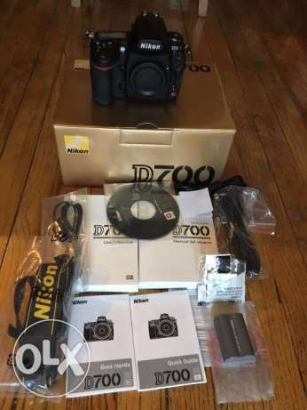 Nikon D D700 12.1 MP Digital SLR Camera