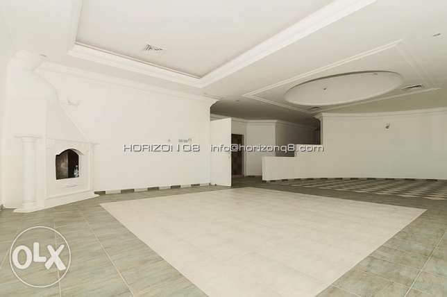 For expats big 3 bdr floor in Salwa سلوى -  1