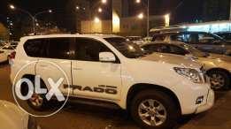 White Prado 4 cylinder – TX 2011 model – Genuine condition – 5000kd